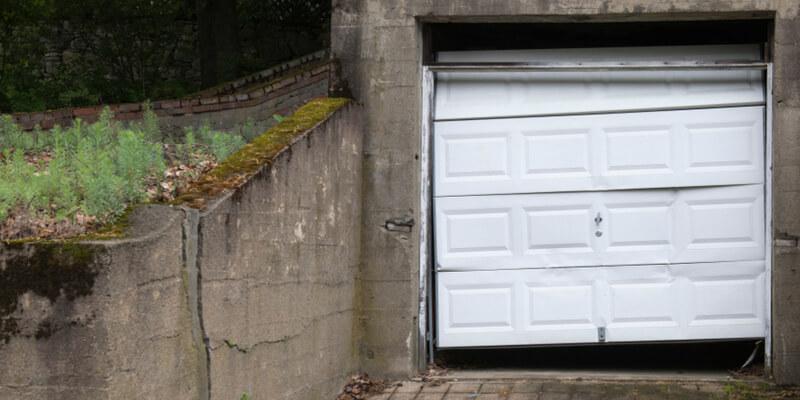 repair garage door - Ed Garage Door Repair Inc